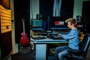 DJ2BE-helemaal-terug-na-inbraak